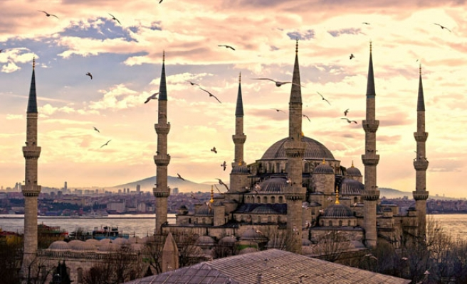 Turks 'define themselves by religion' claims new report