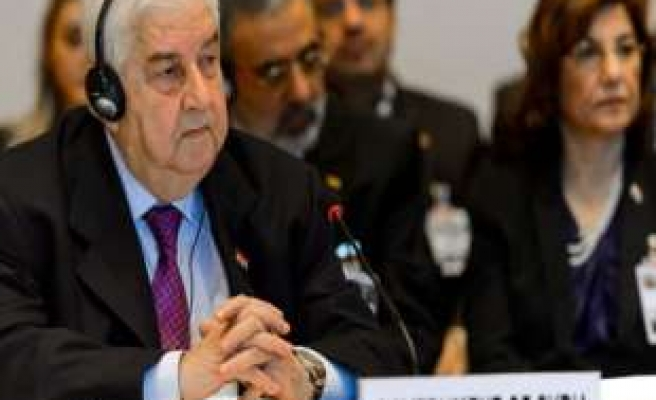 Syrian govt and opposition delegations meet, focus on aid