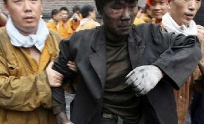 69 Chinese Miners Rescued After 3 Days