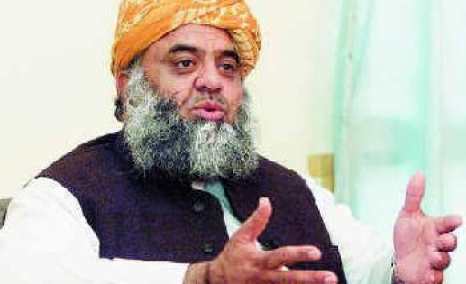 Pakistani Taliban condemn attack on top cleric