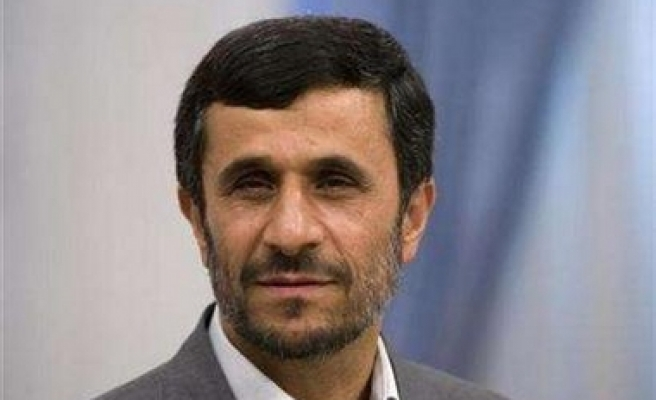 Ahmadinejad: Iran not worried about US arms sales plan
