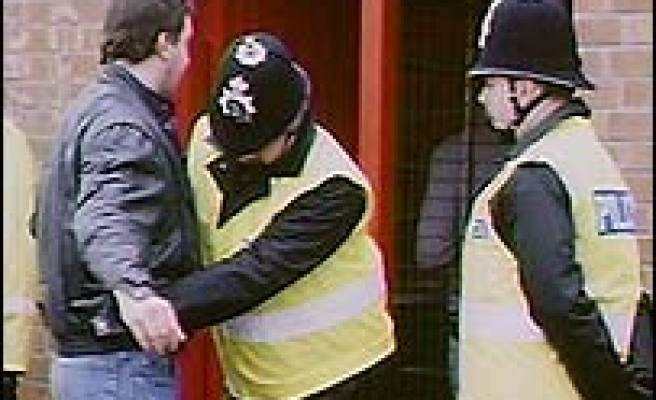 Rise in terror stop-and-searches in UK