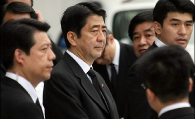 New scandal hits Japan cabinet as parliament opens