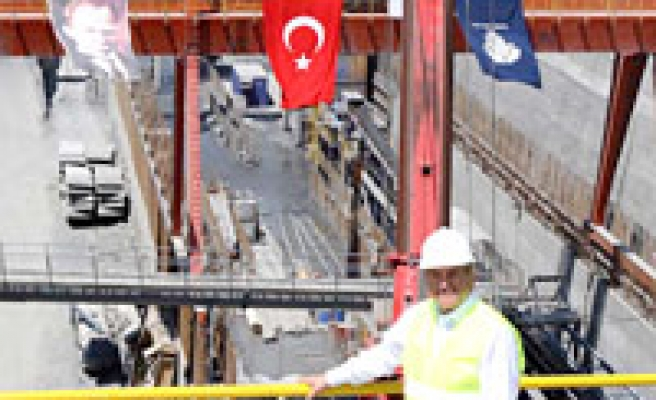 İstanbul to have 250-km light railway by 2012