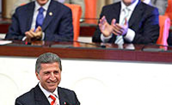 Toptan's election paves way for Gül's presidency