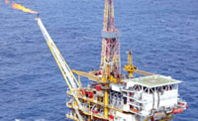 Oil dig row heats up East Med waters