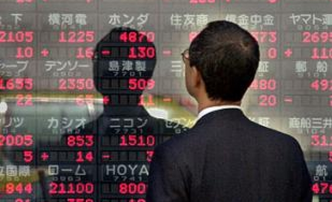 Asia markets fall after US losses