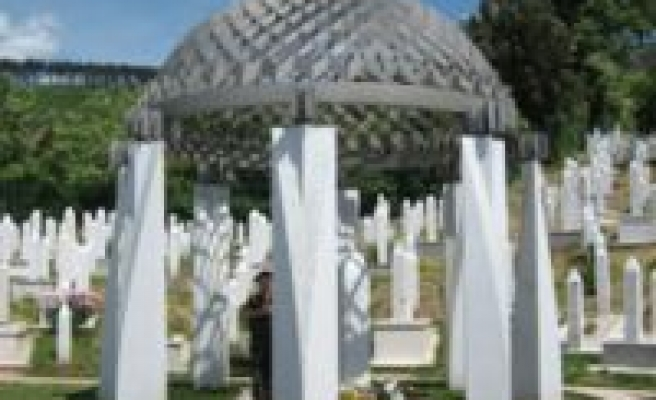 Security increased at Izetbegovic's grave in Bosnia