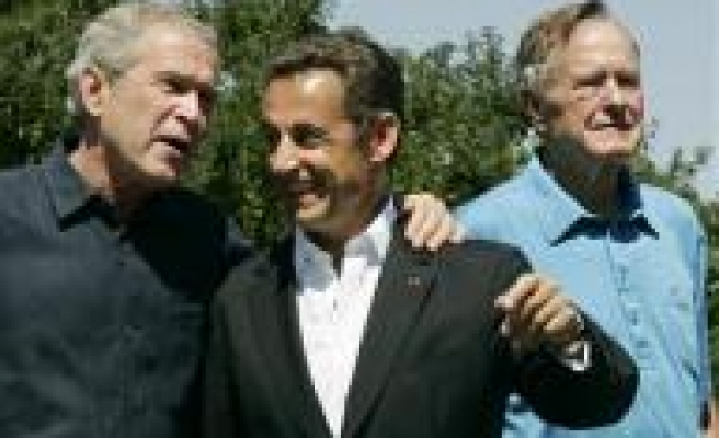 Bush and Sarkozy set for 'casual lunch' in Maine