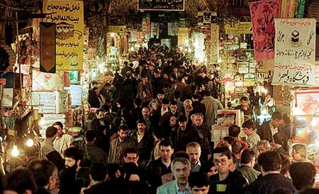 More than 13 percent in Iran under poverty line