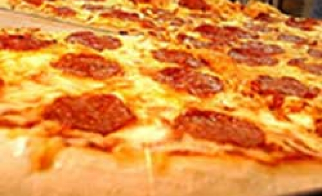 New 'anti-wrinkle' pizza causes a stir with pie purists in Italy