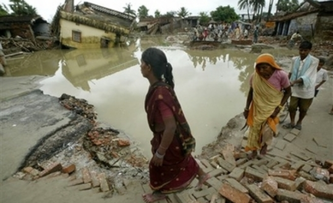 46 killed as monsoon rains lash India's northern states