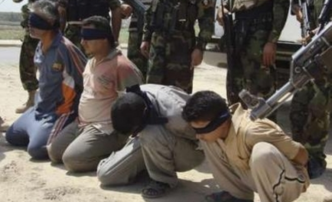 Iraqi detainees held by U.S. at record high