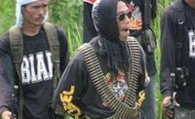 Summit between govt. and Muslim rebels 'cancelled'