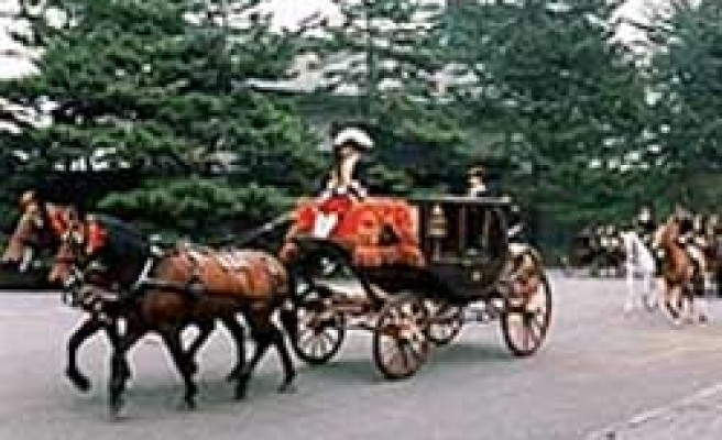 Horse carriage not used for foreign-envoy ceremony due to flu scare