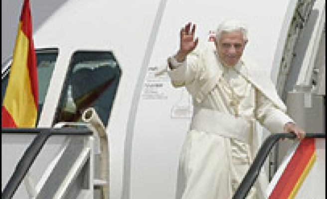 Vatican flight service launches