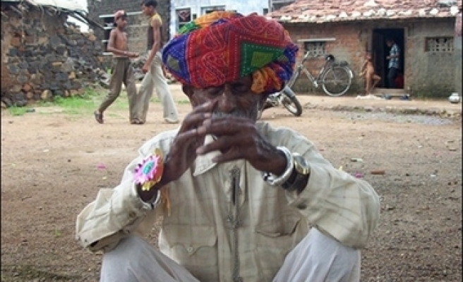 Elderly Indian farmer wants to father to 100
