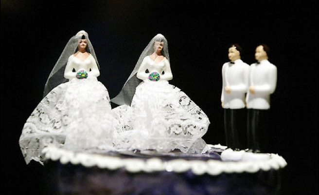 Gay couples rush to marry after Iowa court ruling