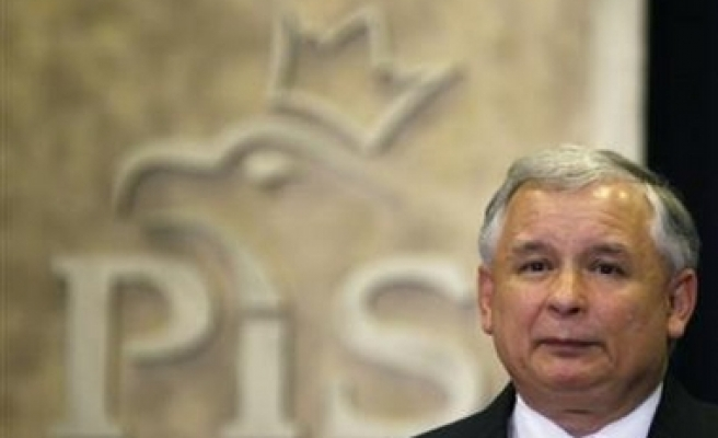 Poland's president admitted to hospital with virus