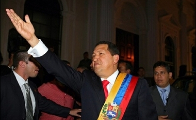 Chavez says he could govern until 2027