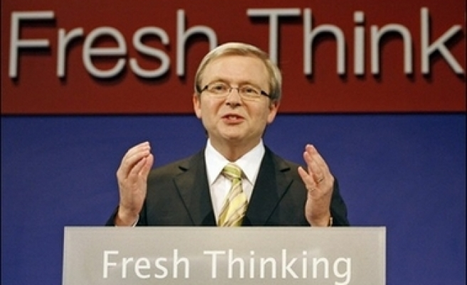 Poll puts opposition well ahead of Australian government