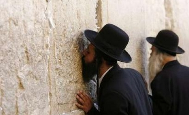 Study: U.S. Jews distance selves from Israel