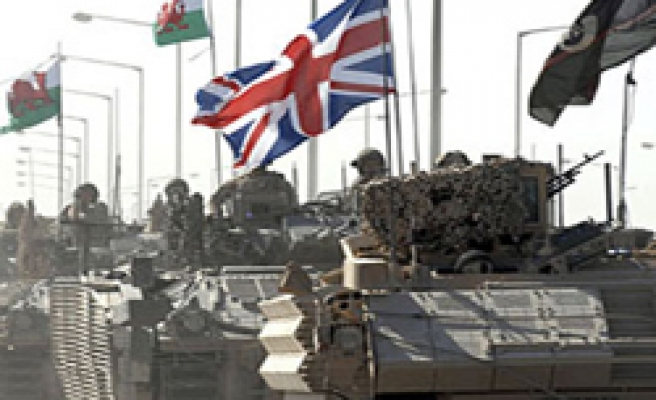 UK withdrawing 500 troops from Iraq