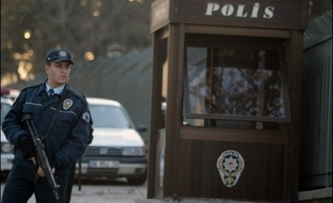 Cigarette butt to identify bomber in Ankara