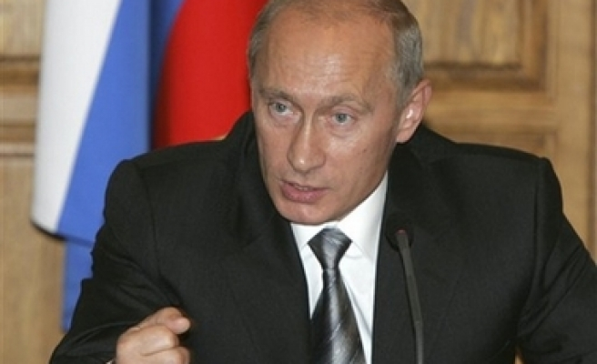Putin fires Russia navy commander: media