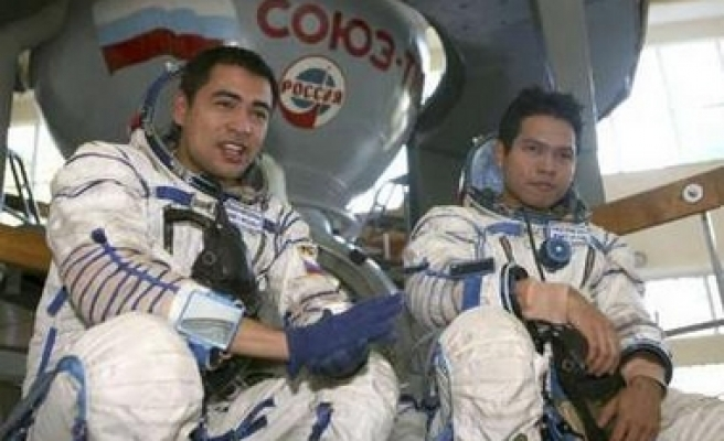 Malaysian astronauts to be first Muslims fasting in space