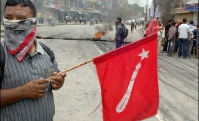Nepal's ex-rebels quit government
