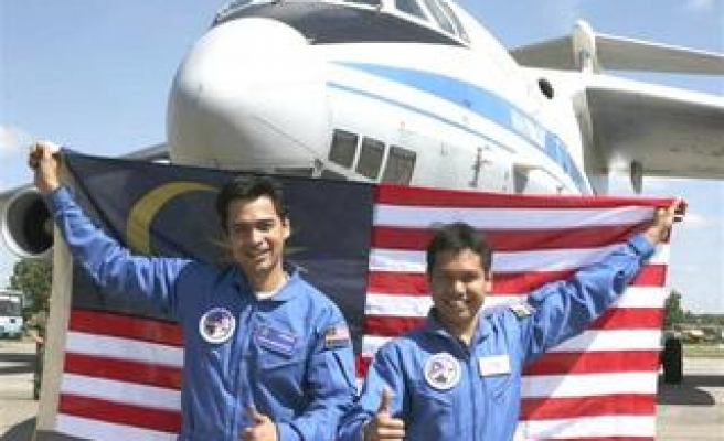 Malay Islamic body rules on how to pray, wash, die in space