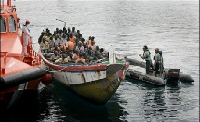 Spain to scare African migrants with video