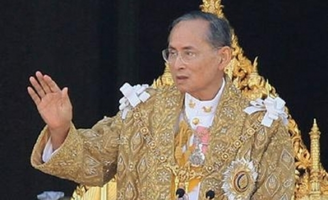 Thai king calls for unity after political turmoil