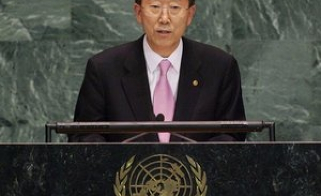 U.N. chief demands Syria renounce chemical weapons