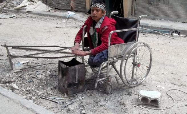 Yarmouk camp death toll rises to 100