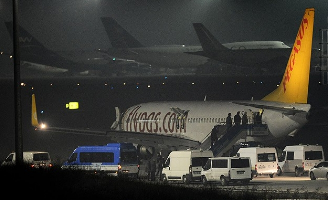 Turkish plane evacuated after attempt to hijack