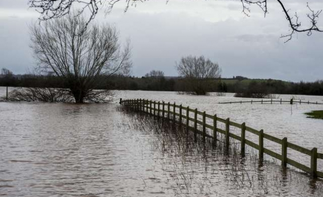 Severe weather cuts of rail links to south west England