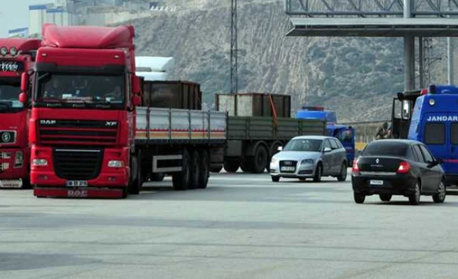 Footage of controversial Syria-bound truck aired