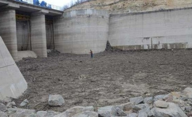 Istanbul faces drought as reservoir dries up