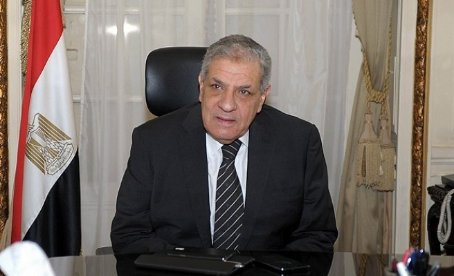 Egypt PM leaves for Guinea to discuss AU membership