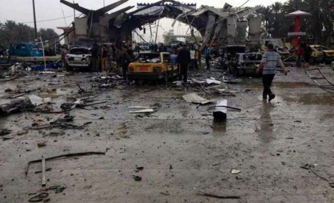 Bomb kills 45 in Iraqi city of Hilla -UPDATED
