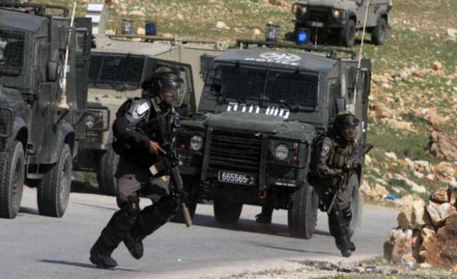 Palestinian injured in W. Bank clashes