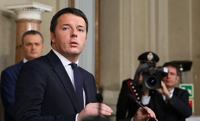 Italian banks could fail if Renzi loses referendum vote