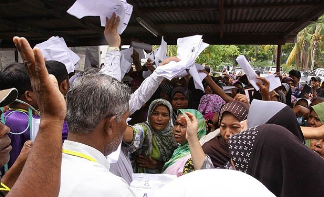 UN under fire for support of Myanmar census