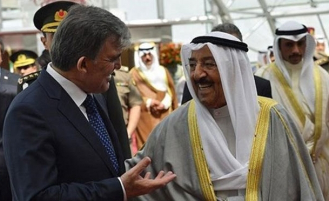 Turkish president gifts Kuwaiti emir with 114-year-old letter
