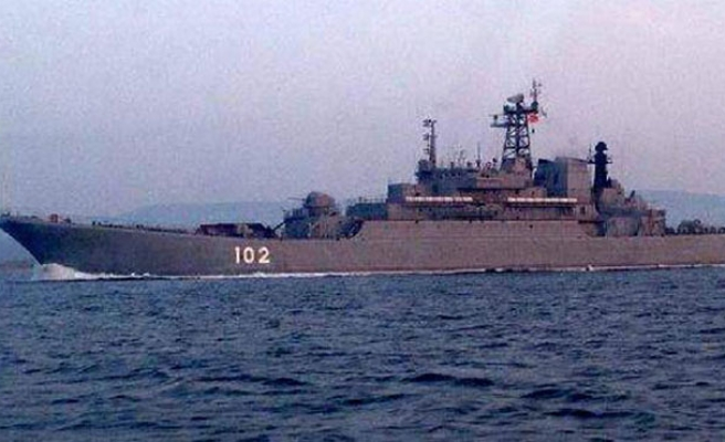 Russian warships pass Istanbul, US to send destroyer