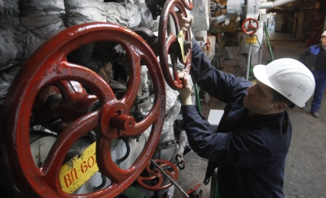 Russia to cut gas to Ukraine in June if no prepayment received