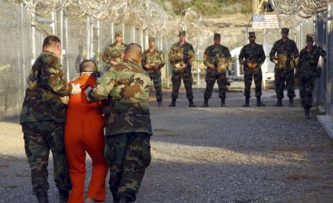 Details emerge from secret CIA torture report