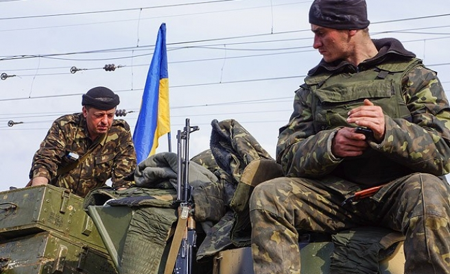Kiev warns separatists of 'actions' next week